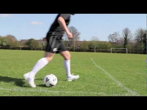 Learn Xavi impossible Pass - Learn Soccer skills
