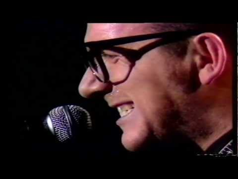 Elvis Costello - Let Him Dangle