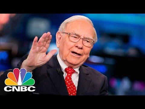 Warren Buffett's Berkshire Raises Stake In Apple | Squawk Box | CNBC