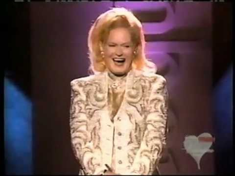 Lynn Anderson - Who Could I Turn To