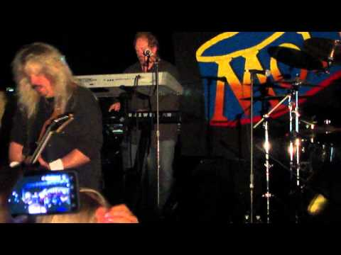 Molly Hatchet - Justice solo at Green Cove Springs, FL.MP4
