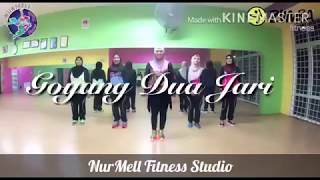 Viral step !! Zumba Dangdut Goyang Dua Jari by Sandrina with Zin Nurul