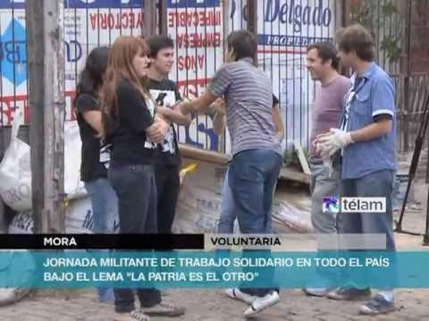"""Militantes y vecinos de barrios porteños afectados por el temporal en jornada """"La Patria es el Otro"""""""