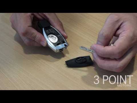 How to change a Mercedes-Benz key battery