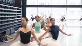 The Joffrey Ballet's Premiere of Christopher Wheeldon's Swan Lake ©