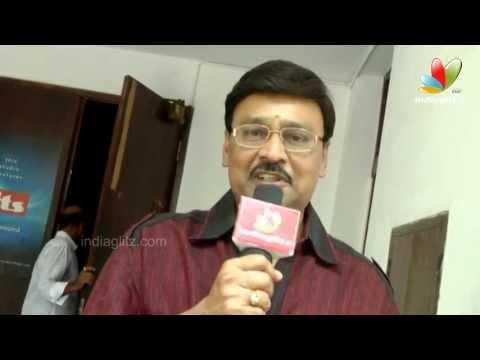 Celebs  Oruvar Meethu Eruvar Sainthu Premier Show | K Bhagyaraj...