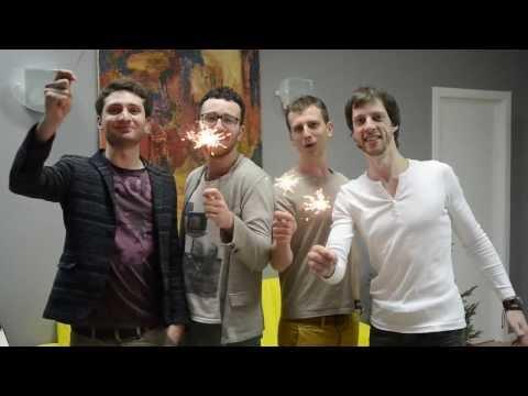 Поздравление с Новым годом от UkrainianiPhone