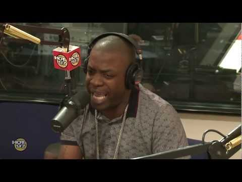 "Uncle Murda Freestyles Over ""Started From The Bottom"" With Funkmaster Flex!"