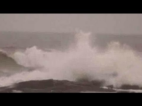 Cyclone Thane hits Puducherry, Tamil Nadu; six dead