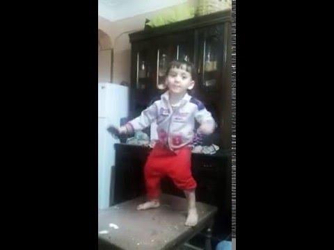 اجمد رقص شعبي لطفل مصري thumbnail