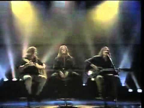 Ugly Kid Joe - Cats In The Cradle (Live Acoustic in Australia 1993)