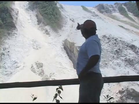 Noticias Ecuador. Rescatan cadáver de la mina en Selva Alegre