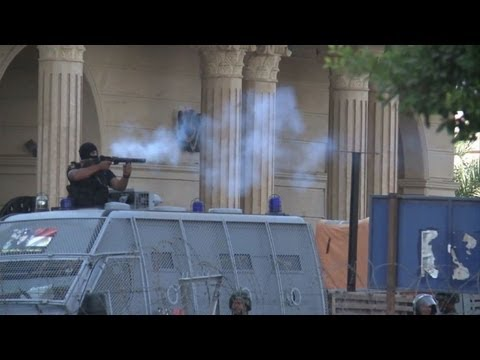 26 killed in clashes as Egypt Islamists protest