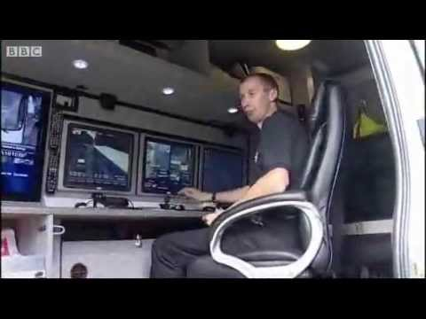 Petards Hawk Plus ANPR camera on British Transport Police Van.flv