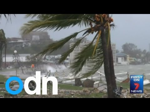 Dozens feared dead after Super Cyclone Pam slams into Vanuatu