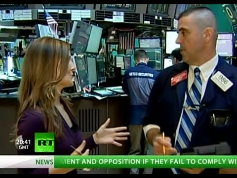 Lauren Lyster takes Wall Street's Bull by the Horns - Infiltrates the Trading Floor!
