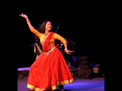 Nagada Sang Dhol Dance Performance