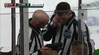 Gotta See It: NHL ref uses iPhone during goal review
