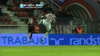 "Cuesta ""alquiló"" a Figueroa. Independiente 0 - Newell's 0. Fecha 18. Primera 2014. FPT."
