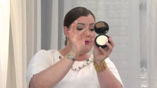 It Cosmetics Bye Bye Pores Pressed Powder with Brush with Jane Treacy
