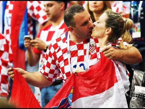 Croatia fans celebrate win vs England, maiden World Cup final entry thumbnail