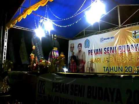 Peragaan Busana Adat Bugis Pria, HUT BONE 2012