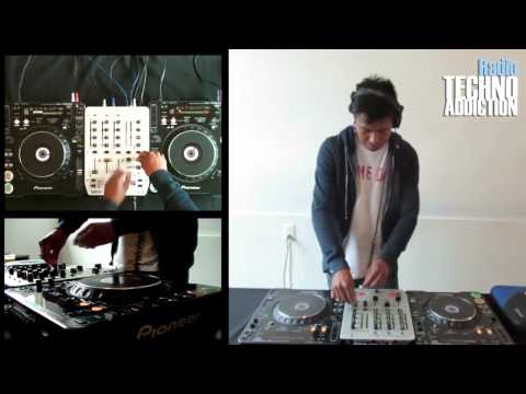 Techno Addiction Radio / Erik Santiago - Live / Session 4
