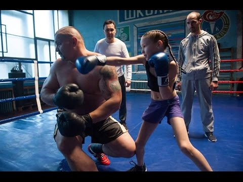 Download Lagu Incredible little girl Evnika Saadvakass Just 9 year Old Future Boxing Champion [Prodigy] MP3 Free