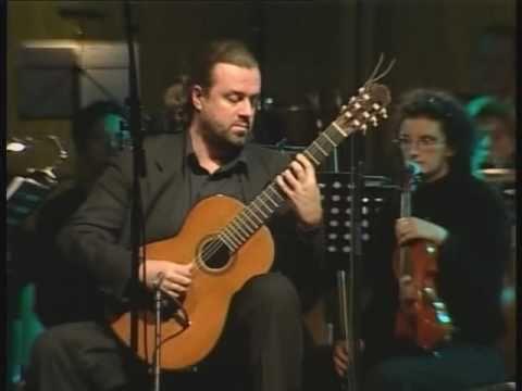 Joaquin Rodrigo 'Concierto De Aranjuez' Geert Claessens, Guitar & Gert Huber, Conductor