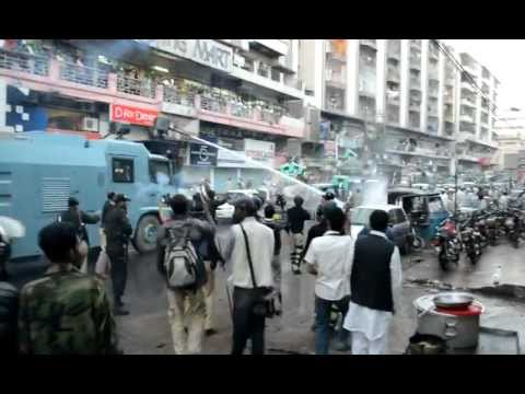 Karachi water cannon riot control.mp4