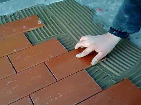 Posa clinker diemme arte casa srl youtube - Piastrelle da incollare su pavimento esistente ...