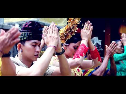 Balinese Wedding Video : Agus & Kekti [Ngidih]