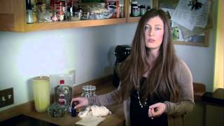 How to Make an Herbal Tincture with Peppermint Leaf
