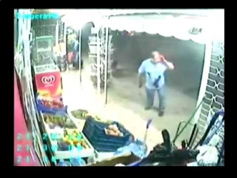 Store Owner Shoots Knife Attacker (Video)