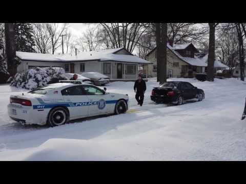 Subaru Wrx Pulls Out Stuck Police Officer.(original) video