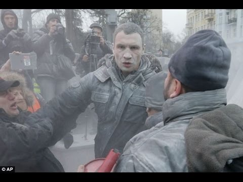 Ukraine protests  Vitali Klitschko sprayed with fire extinguisher