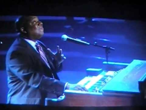 Moses Tyson, Jr. Pray For Me (Bobby Jones Gospel)