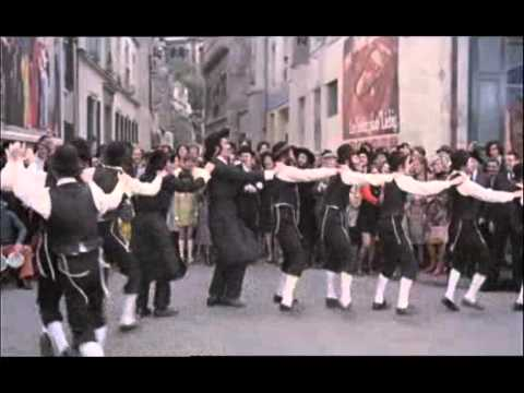 Rabbi jacob la danse juive youtube for Dans rabbi jacob