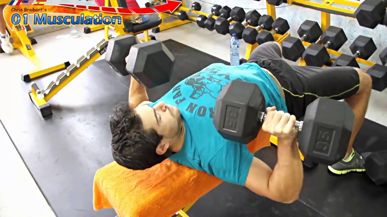 Exercice de musculation des pectoraux developpe couche halteres youtube - Programme force developpe couche ...