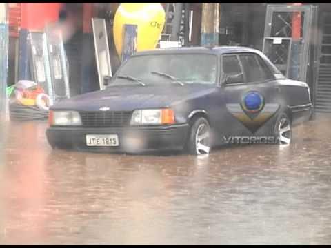 Chuva causa transtonos no Morada Nova - parte 1