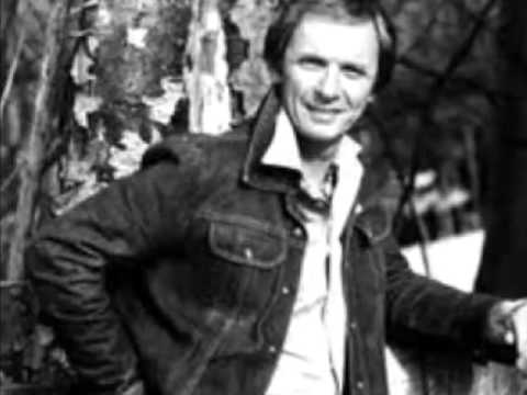 Mel Tillis - Arms Of A Fool