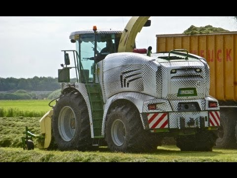 Prototype of the new Krone BIG X 580 at work in The Netherlands