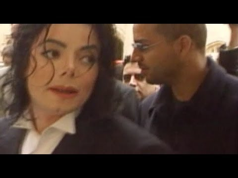 Michael Jackson in London with Uri Geller. ( Sub Ita)
