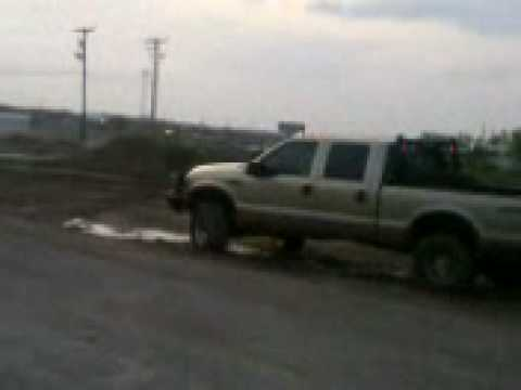 bins ford truck mudding Video