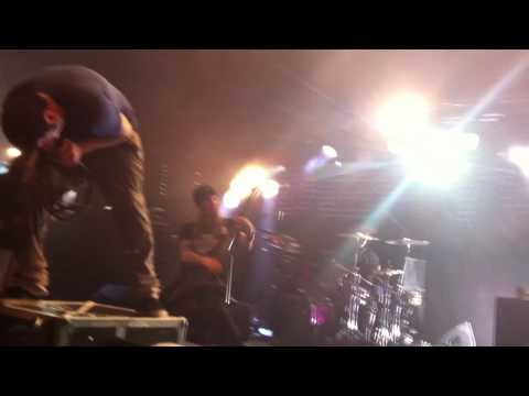Root - Deftones feat. Alexi Laiho from Children Of Bodom (live @ The Circus, Helsinki)
