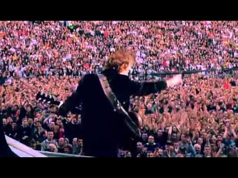 AC/DC - Thunderstruck (Live In Munich, Germany 2001)