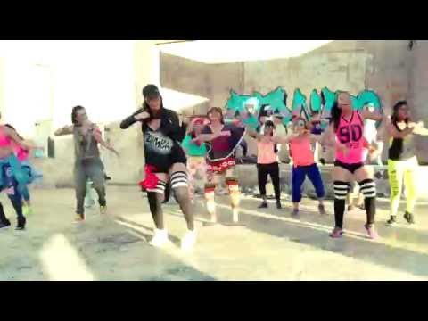 ATANIRO - SI BO KE BO BAI FT. STEPHANIE (ZUMBA VIDEO)