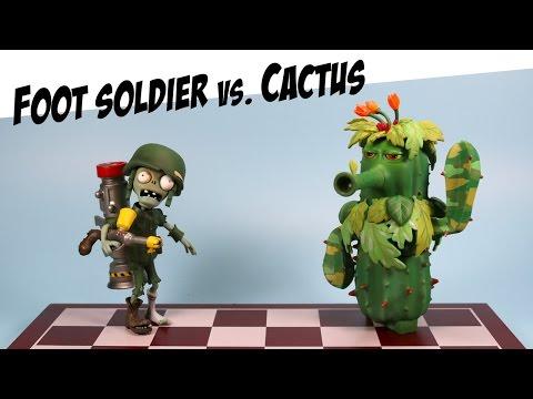Plants vs. Zombies Garden Warfare Camo Cactus vs Foot Soldier Diamond Select Toys