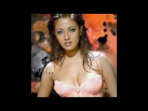 Munmun Sen and Her Hot Daughter Riya Sen Show