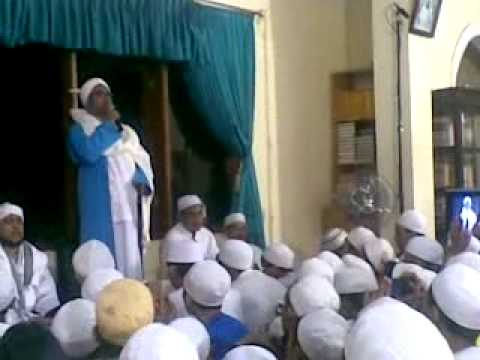 Nurul Musthofa - Khoirul Barriyah - Nabiyul Huda - Yaa Sayidi (Rumah Habib Hasan)